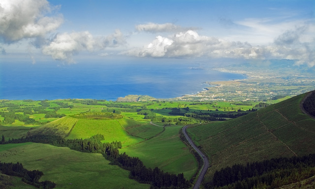 c7591-azores-scenic-island-drive-and-sete-cidades-crater-pg14-mosaic