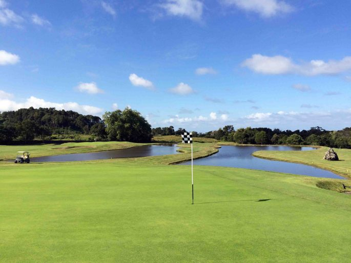 ponds_batalha_golf_course_azores